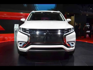12_Хищный дизайн автомобилей Lexus, Toyota Camry, Lada Vesta, Mitsubishi Outlander_480p_без звука.mp4.00_03_17_10.неподвижное изображение004
