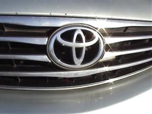 14_2005 Toyota Camry, обзор, тест-драйв_480p_без звука.mp4.00_01_56_15.неподвижное изображение007