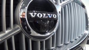 Volvo_XC_90_ 009.00_04_06_22.неподвижное изображение008