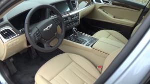 Hyundai Genezis_Салон автомобиля