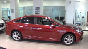 Hyundai Sonata 2017_ красная вид сбоку