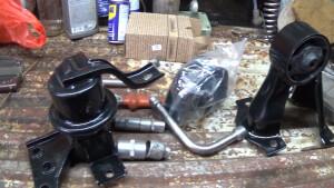 Три опоры двигателя Чери Фора 2.0